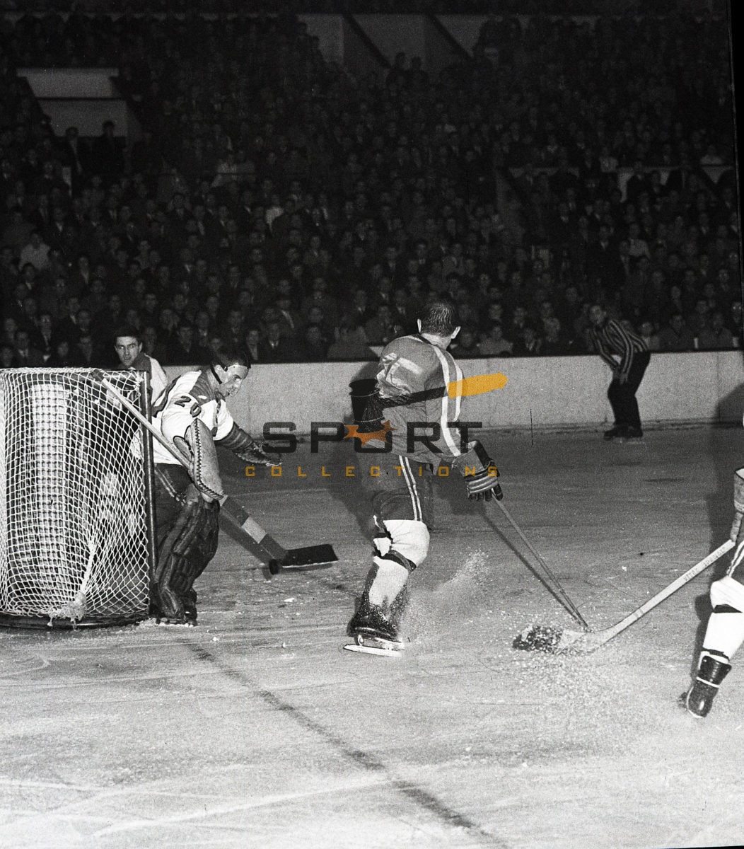 Hockey game Spartak Sokolovo(Sparta Praha) vers. Dukla Jihlava